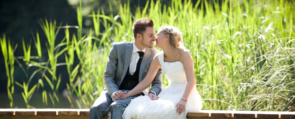 Brett Vale Golf Club and Wedding Venue - Bride and groom